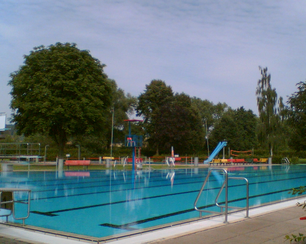 Swimming_Pool_Dassel